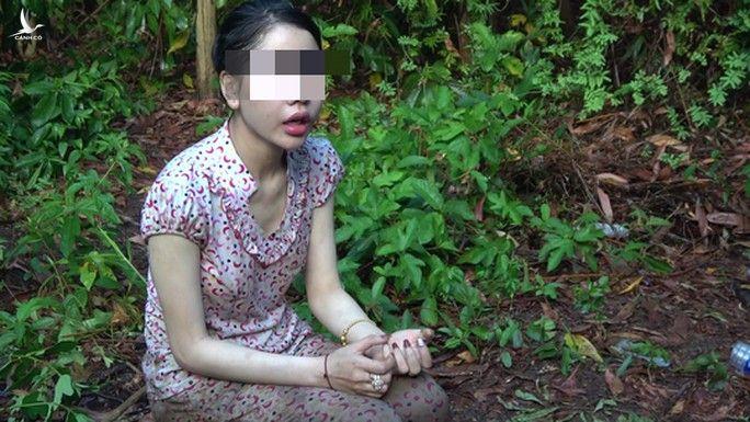 Bắt giữ nhiều hot girl đi ôtô sang trọng từ TP HCM về Tiền Giang đánh bạc - Ảnh 6.