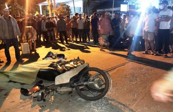 Kinh hoàng ô tô 'điên' tông 7 người thương vong: Cận cảnh hiện trường - ảnh 2