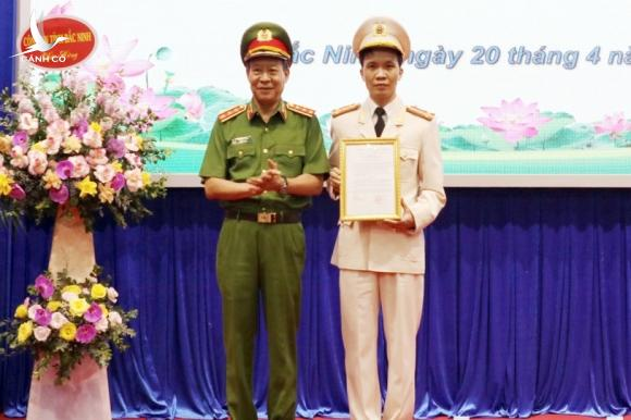 Bo nhiem Giam doc Cong an Bac Ninh anh 1