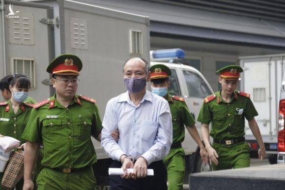 Vụ Gang thép Thái Nguyên: lựa chọn nhà thầu phụ vì thứ trưởng Bộ Công thương giới thiệu - Ảnh 1.