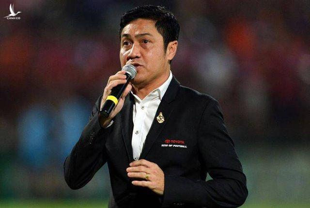 Huyền thoại bóng đá Thái Lan: Kiatisuk sẽ thay HLV Park Hang Seo - 2