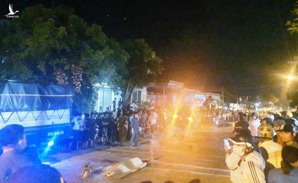 Kinh hoàng ô tô 'điên' tông 7 người thương vong: Cận cảnh hiện trường - ảnh 9