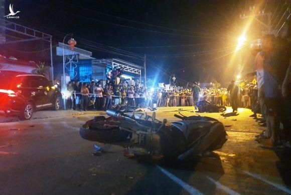 Kinh hoàng ô tô 'điên' tông 7 người thương vong: Cận cảnh hiện trường - ảnh 10