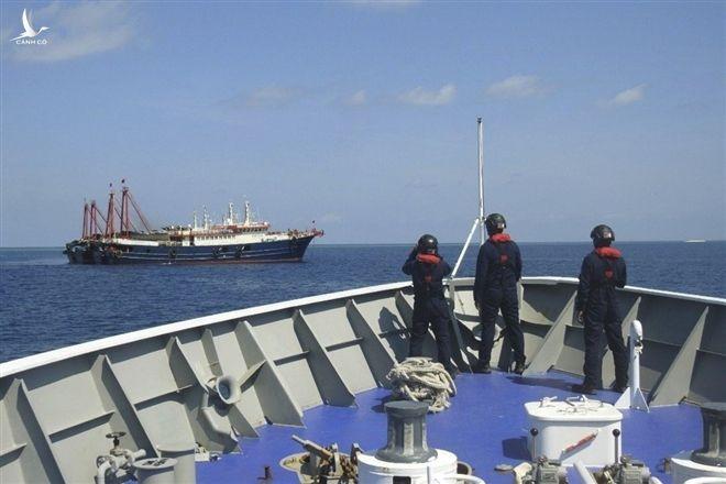 Philippines tố Trung Quốc chặn tàu tuần tra trên biển - 1