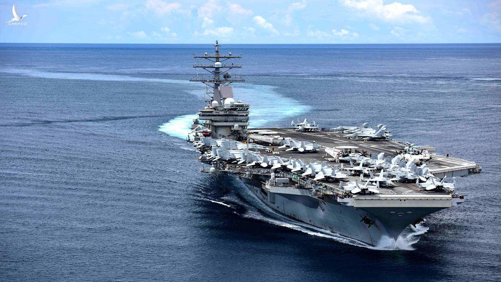 Tàu sân bay USS Ronald Reagan.