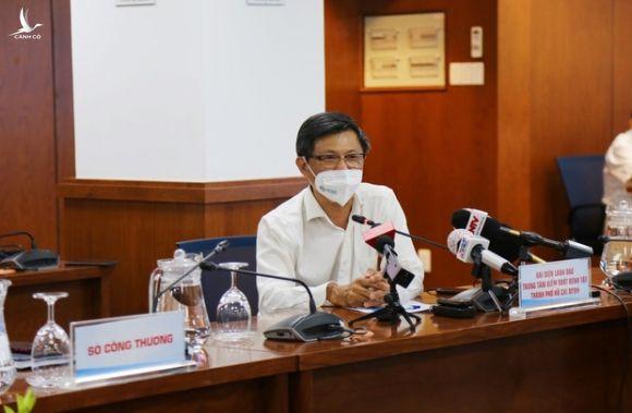 Giám đốc HCDC: Tại sao phải tiếp tục giãn cách xã hội 14 ngày, giãn cách không có nghĩa là số ca nhiễm sẽ giảm? - Ảnh 2.
