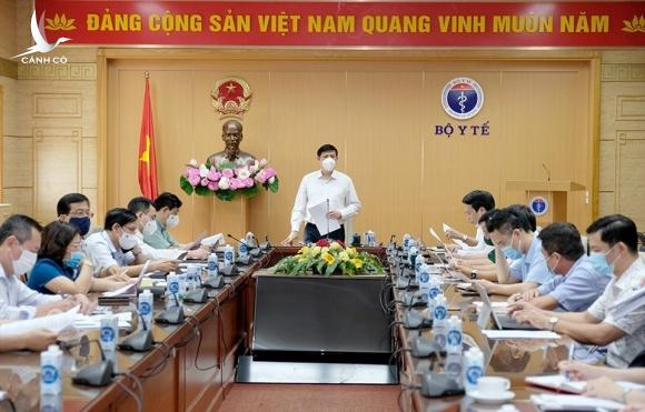 Bộ trưởng Bộ Y tế Nguyễn Thanh Long chủ trì cuộc họp. Ảnh: Bộ Y tế
