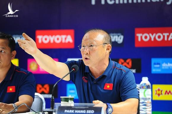 HLV Park Hang-seo sắp hết hợp đồng với ĐT Việt Nam, Ấn Độ trải thảm đỏ mời đón - Ảnh 1.