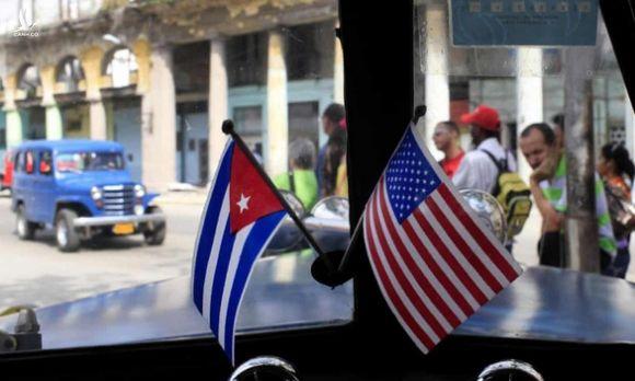 Reuters: Chính quyền Mỹ tái xem xét một loạt chính sách Cuba dưới thời ông Trump - Ảnh 1.