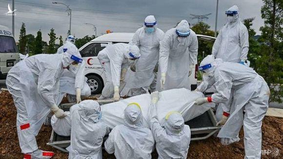 Malaysia, Singapore báo động về số ca nhiễm COVID-19 mới - Ảnh 2.