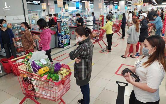Hàng cung ứng tăng 2-5 lần, nguồn cung thực phẩm ở TP.HCM dồi dào - Ảnh 3.