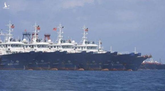 Philippines điều tra tin hàng trăm tàu TQ xả thải sinh hoạt xuống Biển Đông - ảnh 1
