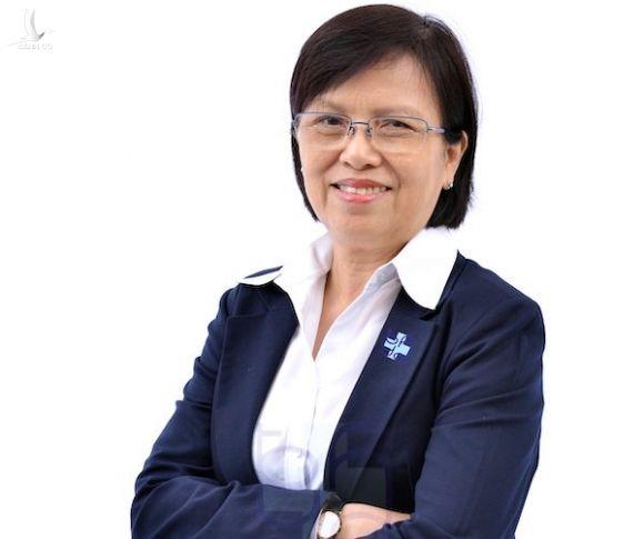 Phó Giáo sư, Tiến sĩ, bác sĩ Nguyễn Thị Bay là một trong 32 bác sĩ tham gia trực tổng đài 1022. Ảnh: Nhân vật cung cấp