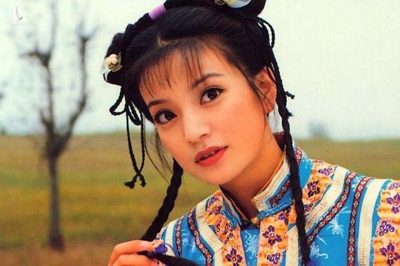 Triệu Vy nổi tiếng khắp châu Á với vai Tiểu Yến Tử. Ảnh: QQ