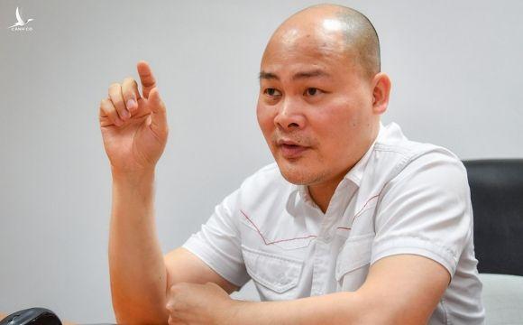 CEO Nguyễn Tử Quảng báo tin mừng, bày mưu để Hà Nội quét hết F0