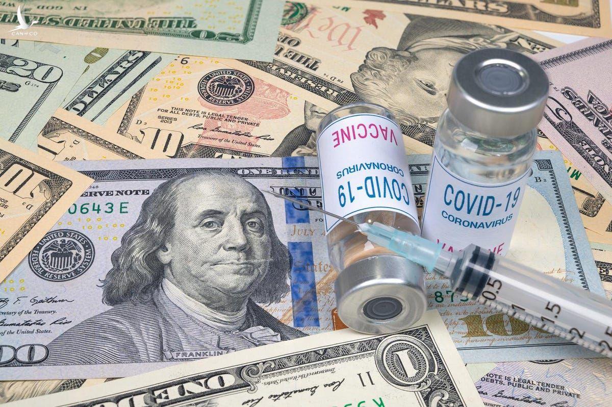 """Các ông lớn """"Big Pharma"""" kiếm hàng tỷ USD trong đại dịch như thế nào?"""