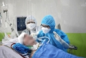 Bệnh nhân 91 rơi nước mắt khi được bác sĩ hỏi thăm