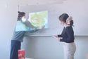 Clip: Cô giáo chiếu bản đồ đường lưỡi bò, du học sinh lập tức lên bảng vẽ lại cho đúng