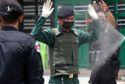Gác chốt kiểm dịch COVID-19, 84 cảnh sát ở Campuchia dương tính với corona