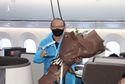 Máy bay chở tuyển Việt Nam từ UAE về nước có 2 ca mắc COVID-19