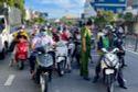 TP.HCM ra văn bản khẩn hướng dẫn người dân ra đường trong thời gian thực hiện chỉ thị 16