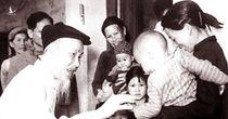 Nghĩ từ câu chuyện Bác Hồ đến thăm người nghèo trong đêm giao thừa