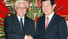 President Truong Tan Sang holds talks with his Singaporean counterpart Tony Tan Keng Yam