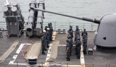 Mỹ điều chiến hạm thẳng đến biển Đài Loan thách thức cùng Trung Quốc