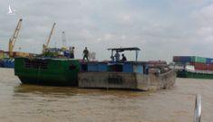 Nổ súng bắt giữ 4 tàu hút cát trái phép trên sông Đồng Nai