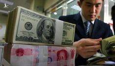 Tiền Việt Nam giữa bối cảnh tiền Trung Quốc 'vượt lằn ranh đỏ'