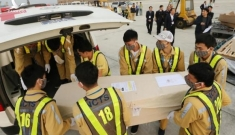 Bộ Ngoại giao thông tin việc đưa thi thể 16 nạn nhân từ Anh về nước
