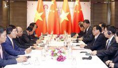 Thủ tướng Nguyễn Xuân Phúc gặp Thủ tướng Lý Khắc Cường