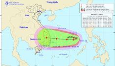 Bão số 6 liên tục đổi hướng trên biển Đông