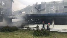 Hai xưởng may khoảng 10.000 m2 Công ty May Nhà Bè – Sóc Trăng bị lửa thiêu rụi