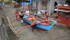 Philippines di tản 200.000 người, đóng cửa sân bay trước siêu bão