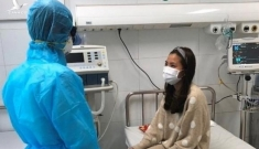 Ba người Việt viêm phổi đã tiếp xúc nhiều người