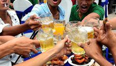 Ép nhau đến say xỉn và sự ngộ nhận về 'bản lĩnh' đàn ông