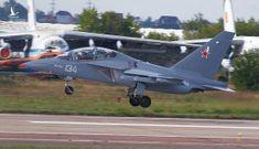Việt Nam 'chốt hạ' chọn mua máy bay chiến đấu Yak-130 của Nga