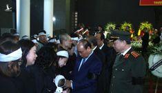 Những khoảnh khắc nghẹn ngào tại lễ tang 3 liệt sĩ hy sinh tại Đồng Tâm