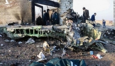 Ukraine không loại trừ máy bay chở 176 người rơi ở Iran do tên lửa