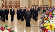 Ông Kim Jong Un xuất hiện lần đầu sau khi COVID-19 bùng phát