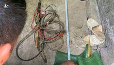 Người phụ nữ chết bất thường nghi do bị chích điện