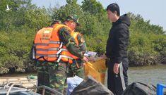 Bắt nam thanh niên mang 9000 khẩu trang y tế sang Trung Quốc bán kiếm lời