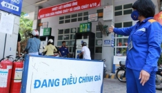 Giá xăng bán lẻ tại Việt Nam sẽ về ngưỡng 15.000 đồng/lít?