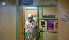 Anh: Số ca nhiễm Covid-19 vượt 19.000, lệnh phong tỏa có thể kéo dài nhiều tháng