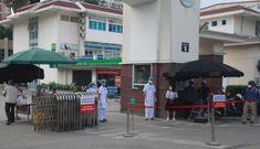 Thông báo khẩn: Thêm 2 ca Covid-19, Bệnh viện Bạch Mai đang 'nội bất xuất, ngoại bất nhập'