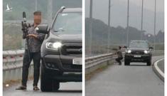 Dừng xe trên cao tốc Hạ Long – Hải Phòng, nam tài xế lấy súng tự chế bắn chim