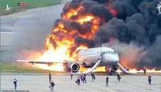 Máy bay chở khách Nga chìm trong lửa, 41 người thiệt mạng