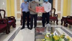 Hơn 15 tỷ đồng được trao đến tuyến đầu chống dịch tại Thành phố Hồ Chí Minh