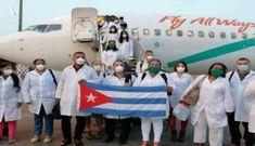 Đoàn bác sĩ Cuba đến giúp Italy chiến đấu với đại dịch Covid-19